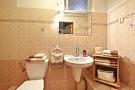 Štýlová chalupa Lisková - kúpeľna prízemie